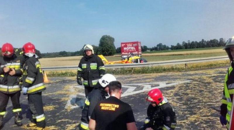 Zderzenie dwóch aut na DK 11.  6osób poszkodowanych wtym 2dzieci. Na miejscu śmigłowiec LPR