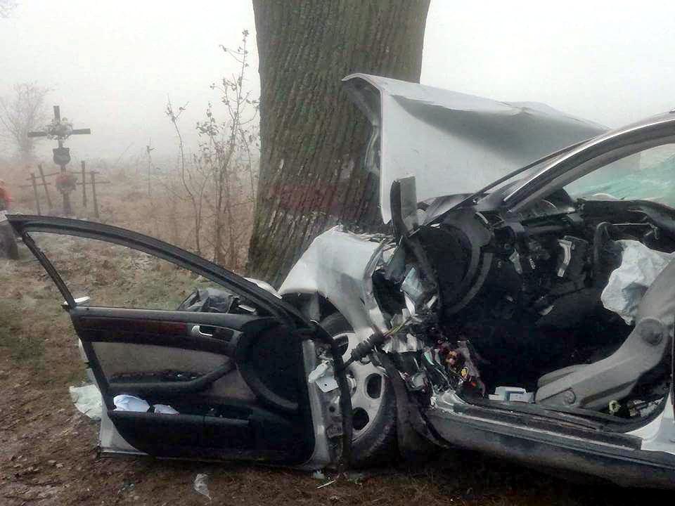 Dwie ofiary śmiertelnego wypadku na drodze między Lwówkiem a Opalenicą ! [AKTUALIZACJA]