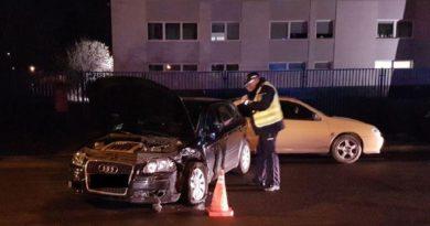 Kompletnie pijany 23-latek uszkodził trzy zaparkowane pojazdy