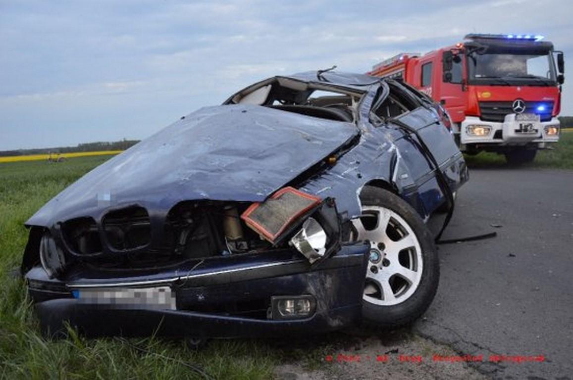 Tragedia pod Zakrzewem ! Nie żyje 20 – letni kierowca BMW