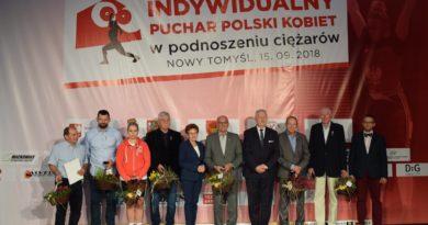 Olimpijczycy z terenu Powiatu Nowotomyskiego docenieni! Indywidualny Puchar Polski Kobiet w podnoszeniu ciężarów.