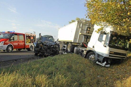 Uwaga ! Tragedia na drodze ! Dwie osoby zginęły [AKTUALIZACJA]