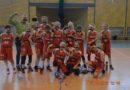 Koszykarki Dream Team podziękowały odchodzącemu dyrektorowi Andrzejowi Wałęsie najlepiej jak potrafiły !!!