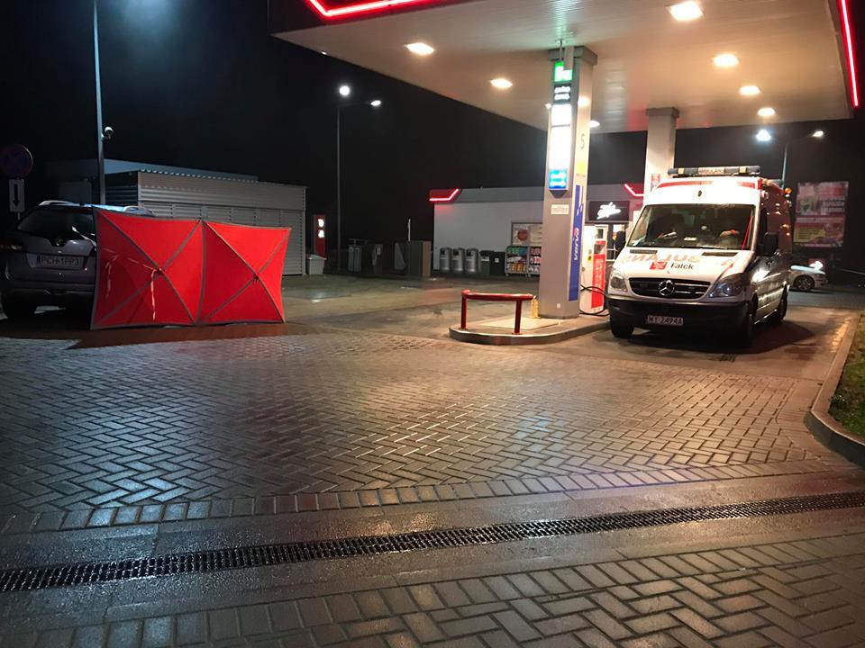 Tragedia na stacji paliw ! Mimo podjętej, na miejscu, akcji ratunkowej mężczyzna zmarł
