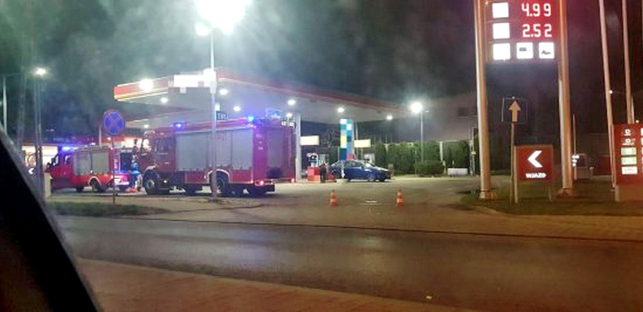 Mężczyzna podpalił się na stacji benzynowej