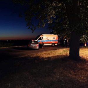 Tragiczny wypadek w Oborze! Nie żyje młody mężczyzna. Kobieta i półtoraroczne dziecko trafili do szpitala