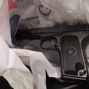 30 kilogramów narkotyków na terenie szpitala! Jeden z zatrzymanych posiadał przy sobie broń. [ZDJĘCIA, FILM]