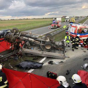 Śmiertelny wypadek na A2! Na miejscu śmigłowiec LPR
