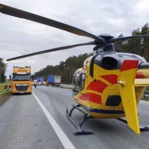 Nowy Tomyśl - wypadek drogowy na 109 km A2. Na miejscu śmigłowiec LPR