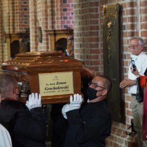 Uroczystości pogrzebowe Kardynała Zenona Grocholewskiego [ZDJĘCIA, FILM]