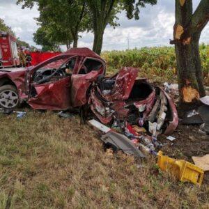 Tragedia na drodze! Nie żyje dziecko, dwie osoby poszkodowane