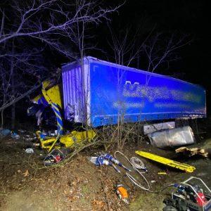 Tragiczny wypadek na DK92. Nie żyje kierowca auta ciężarowego