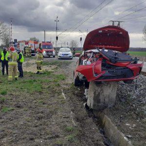 POWIAT NOWOTOMYSKI: Pociąg vs Toyota