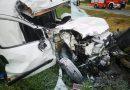 Zderzenie samochodu ciężarowego i osobowego
