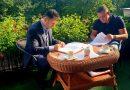 """NOWY TOMYŚL: """"Budowa przedszkola w Glinnie"""" – podpisanie umowy z wykonawcą inwestycji"""